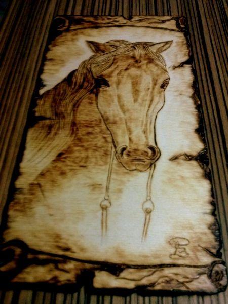 Cavallo su pergamena - Quadro pirografato su legno - Opera d\'arte di ...