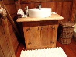 mobiletto lavabo bagno - opera d'arte di scarabocchio