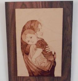 Mother Love - Pirografia su legno